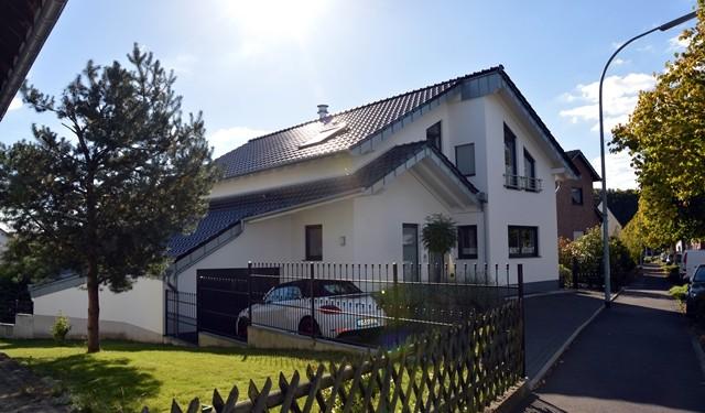 Architekt georg fischer einfamilienhaus in br hl for Architekt einfamilienhaus