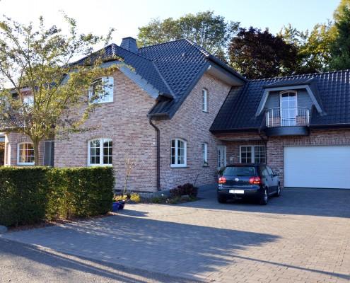 Bornheim-Widdig, Einfamilienhaus, Eingangsansicht